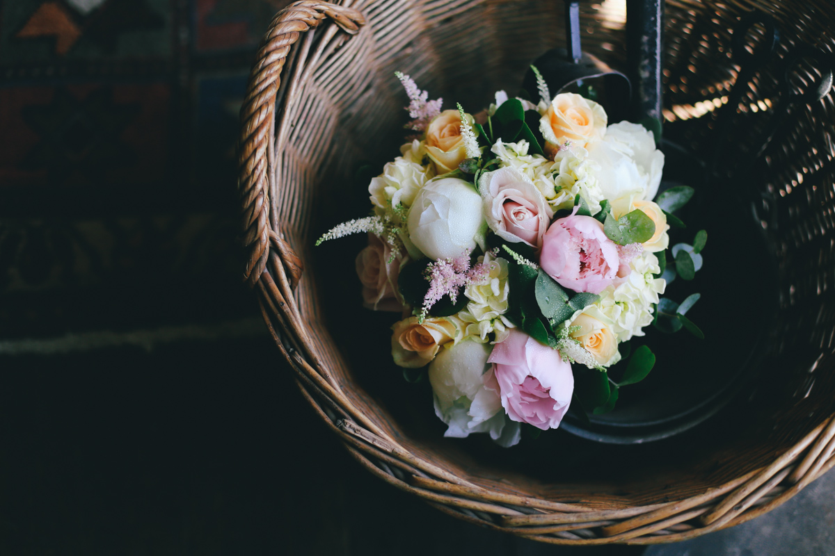 Bridal flowers at Prussia Cove, Cornwall wedding by Love Oh Love Photography