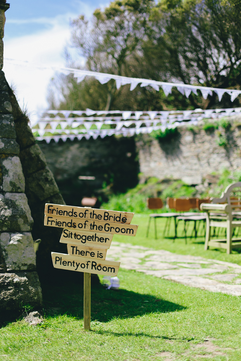 Outdoor wedding ceremony at Prussia Cove, Cornwall by Love Oh Love Photography