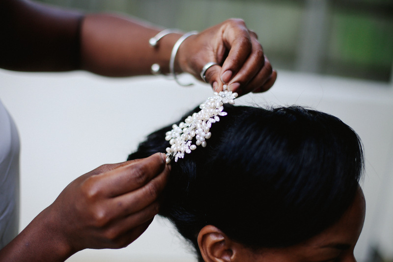 Bridal hairpiece by Love oh Love photography