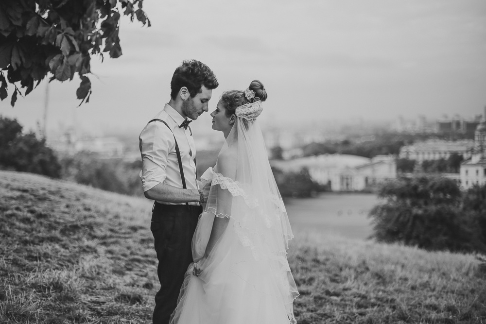 Bride and groom portraits in Greenwich, Park London by Love oh Love photography